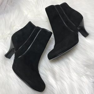 Sofft Black Suede Ankle Booties 8.5 M